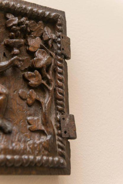 jacobean_period_carved_oak_door_depicting_bacchus_circa_1590_01