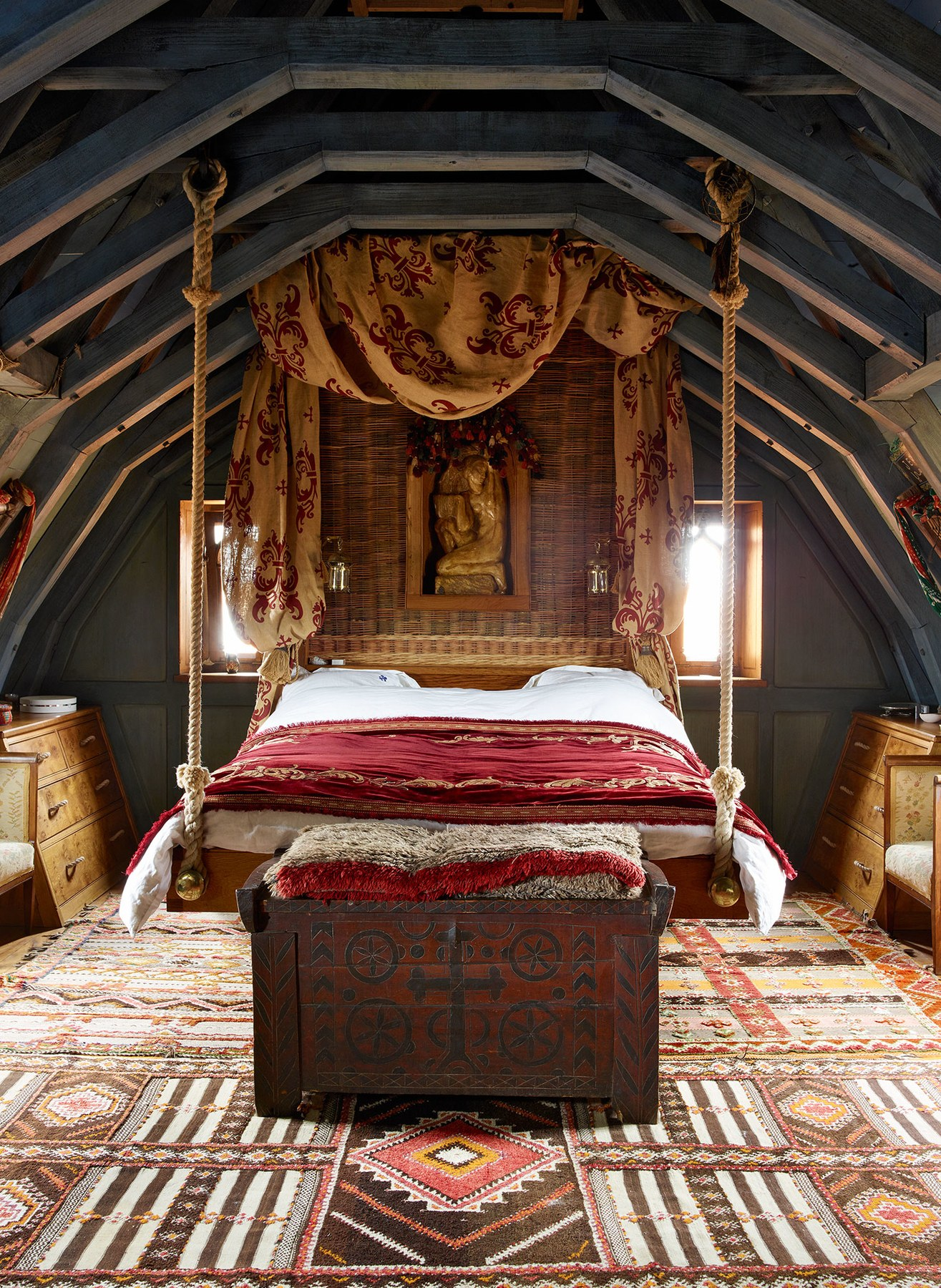 Castle master bedroom - The Master Bedroom With Irons S Suspended Bed Photo Photograph By Simon Upton