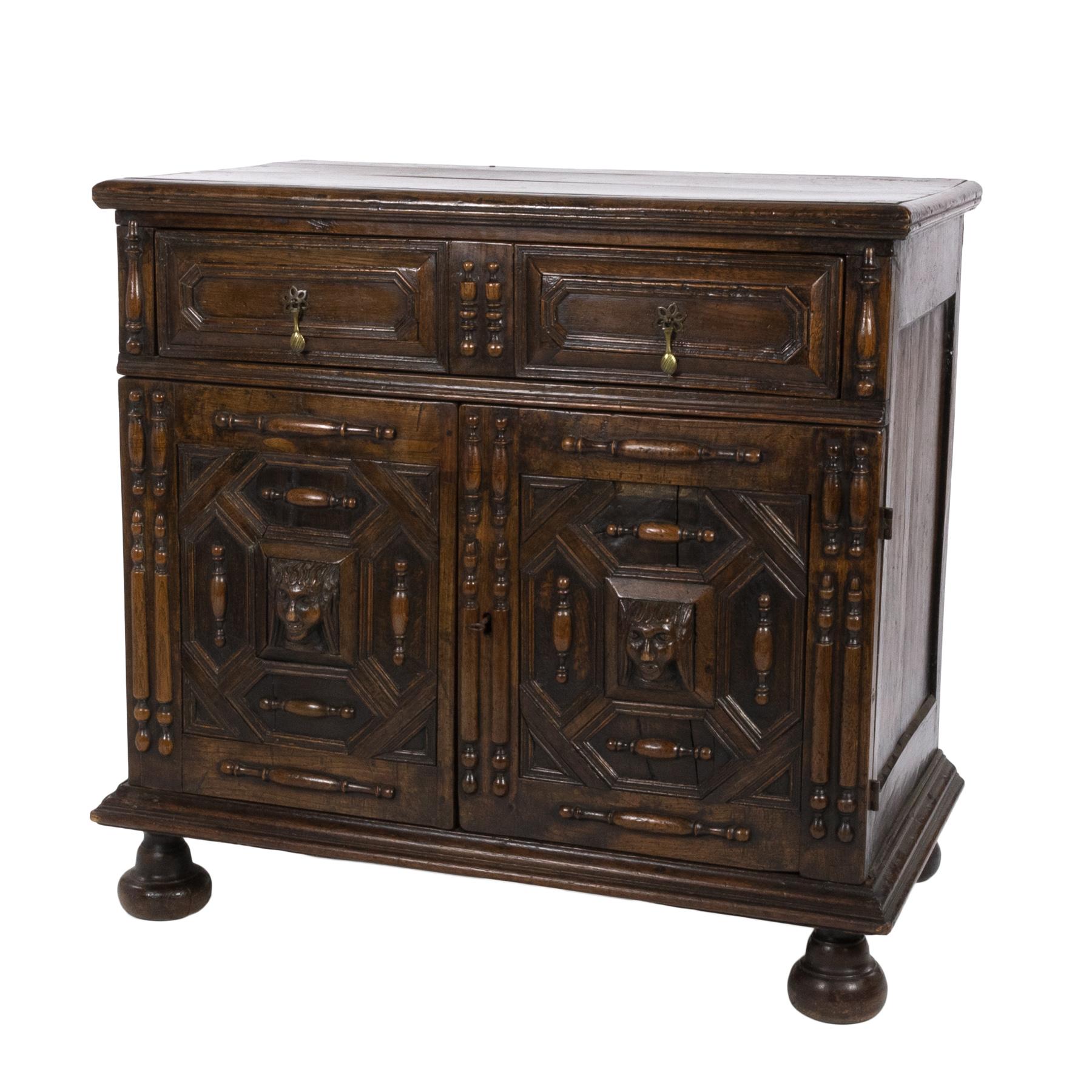 18th Century American Furniture Construction: Late 17th / Early 18th Century Oak Dutch Cupboard (415