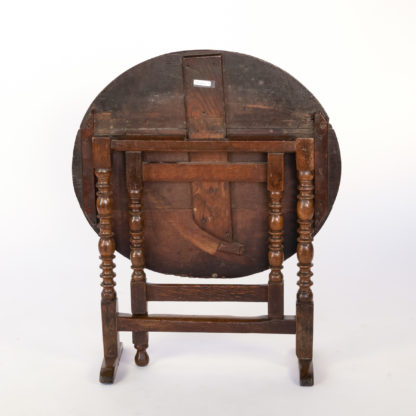 Handsome Very Early English Oak Coaching Table With Bobbin Turned Oak Legs, England Circa 1690.