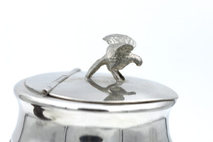 Scottish Rams Horn Snuff Mull With Pewter Silver Plated Mounts And An Eagle In Flight Final; Scottish, Circa 1880 – 1900.