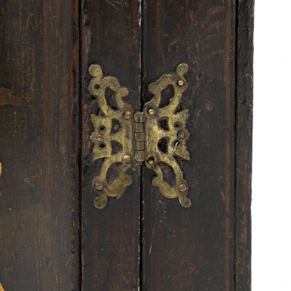 Butterfly hinge on an Antique Black And Gold Chinoiserie Corner Cupboard With Painted Interior, English Circa 1820.